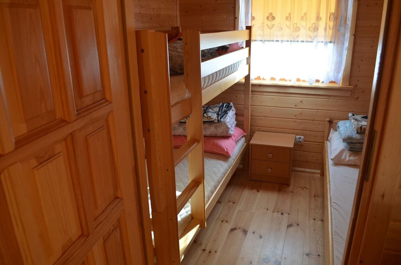 Sypialnia w domku w Wiciu